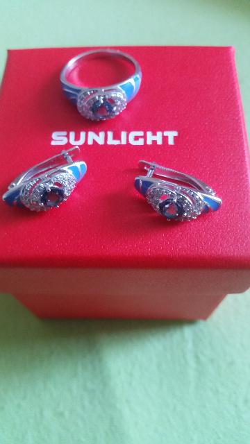 Серебряные серьги с топазами и фианитами