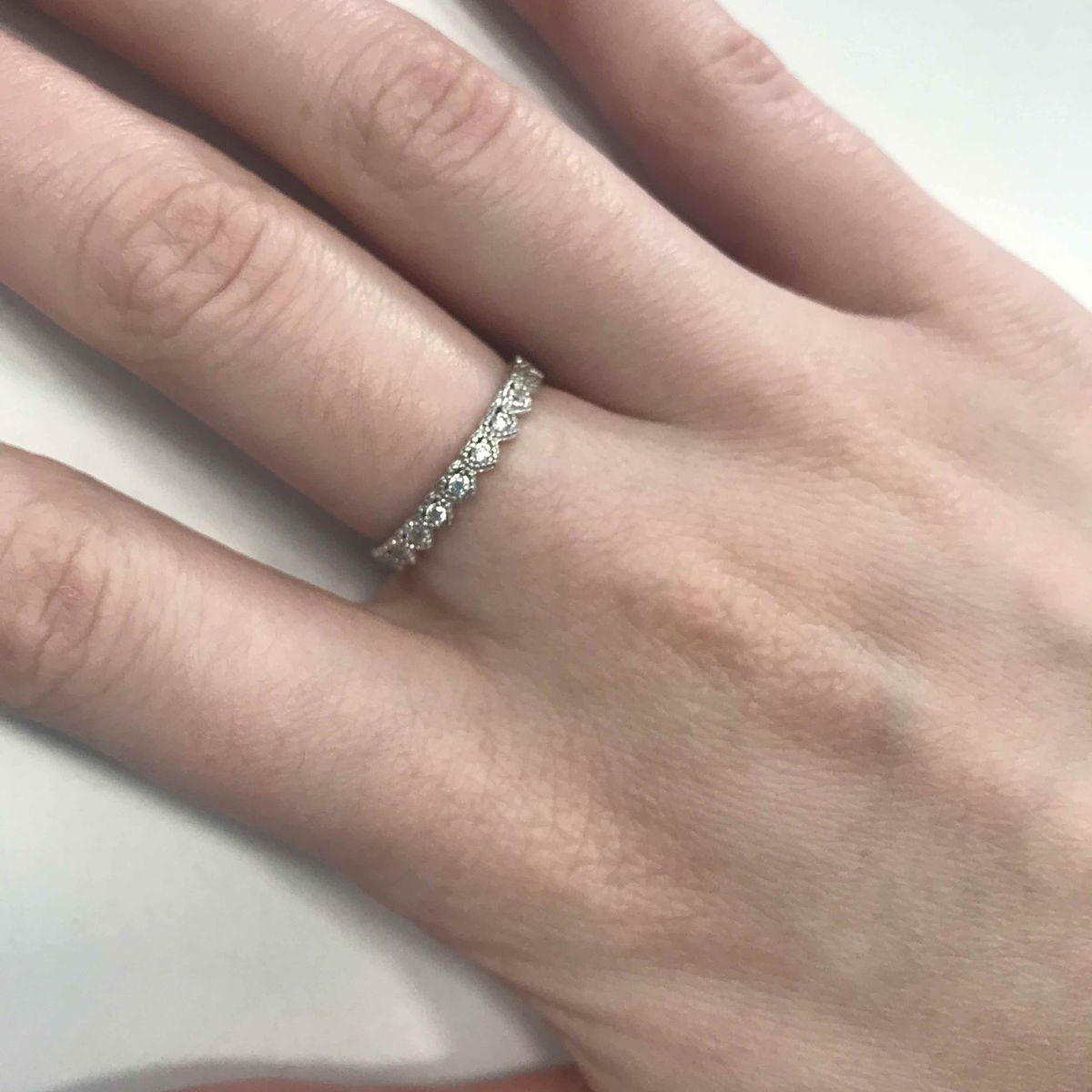 Минималистичное кольцо