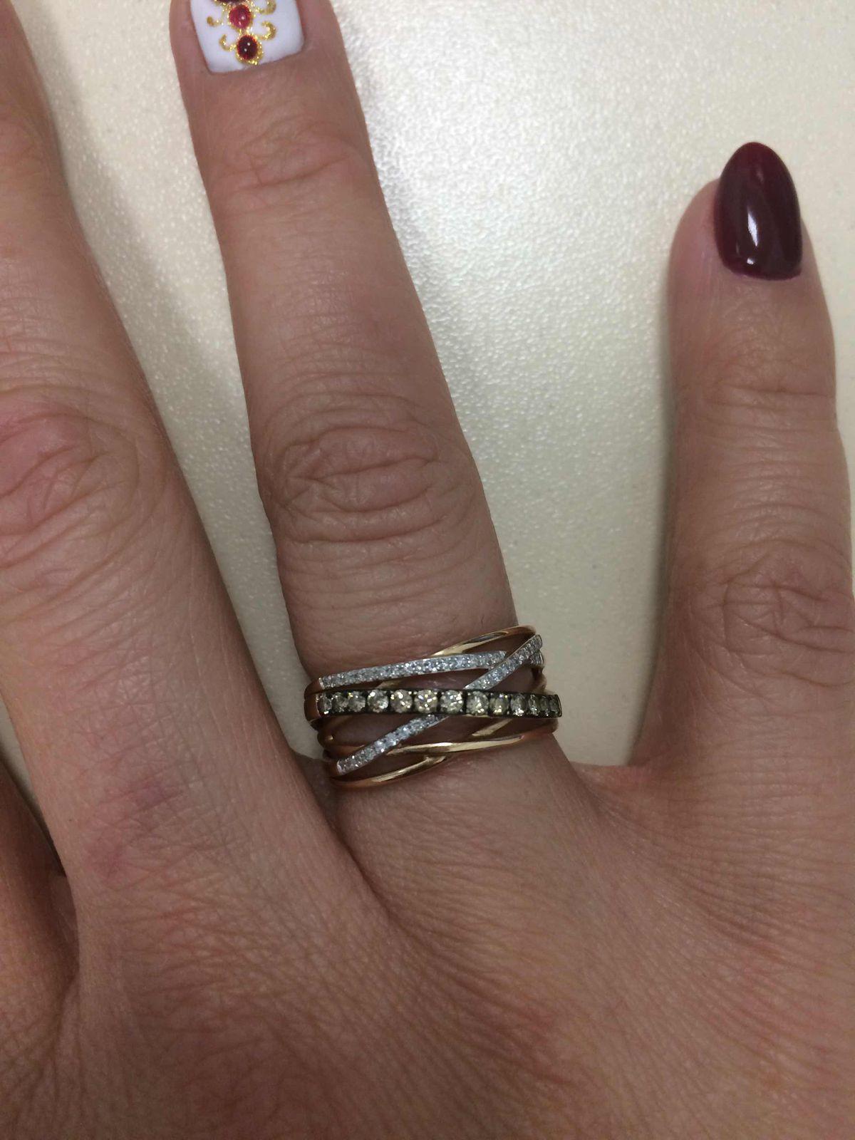 Кольцо с бриллиантами!!!