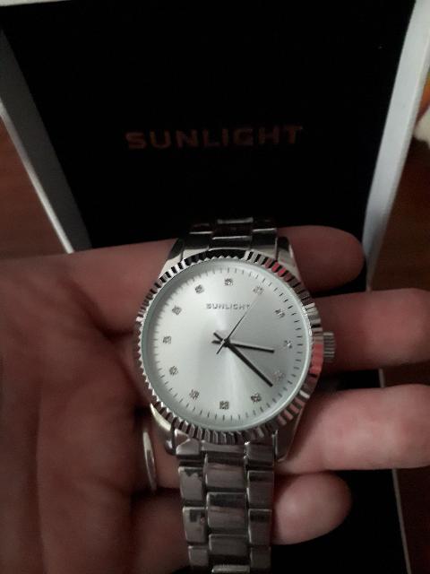 Шикарные модные часы