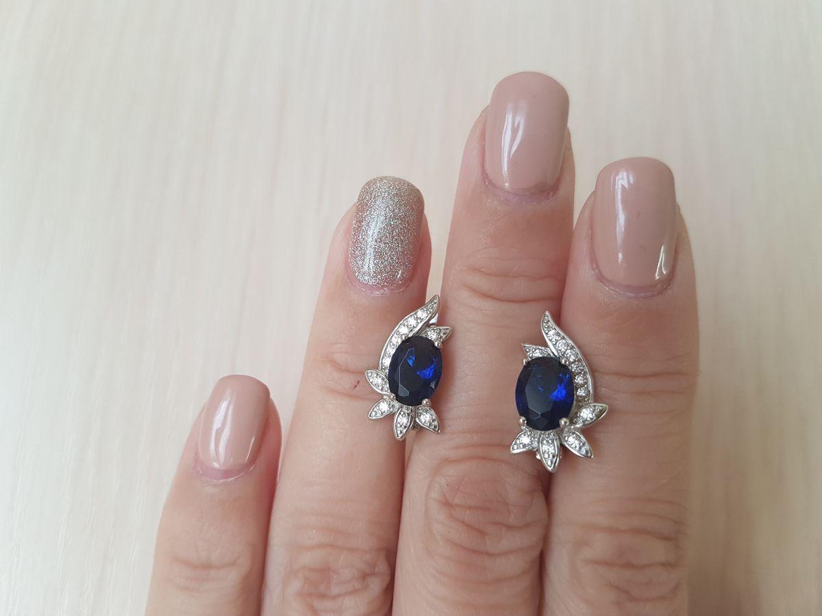 Сережки с синими камнями