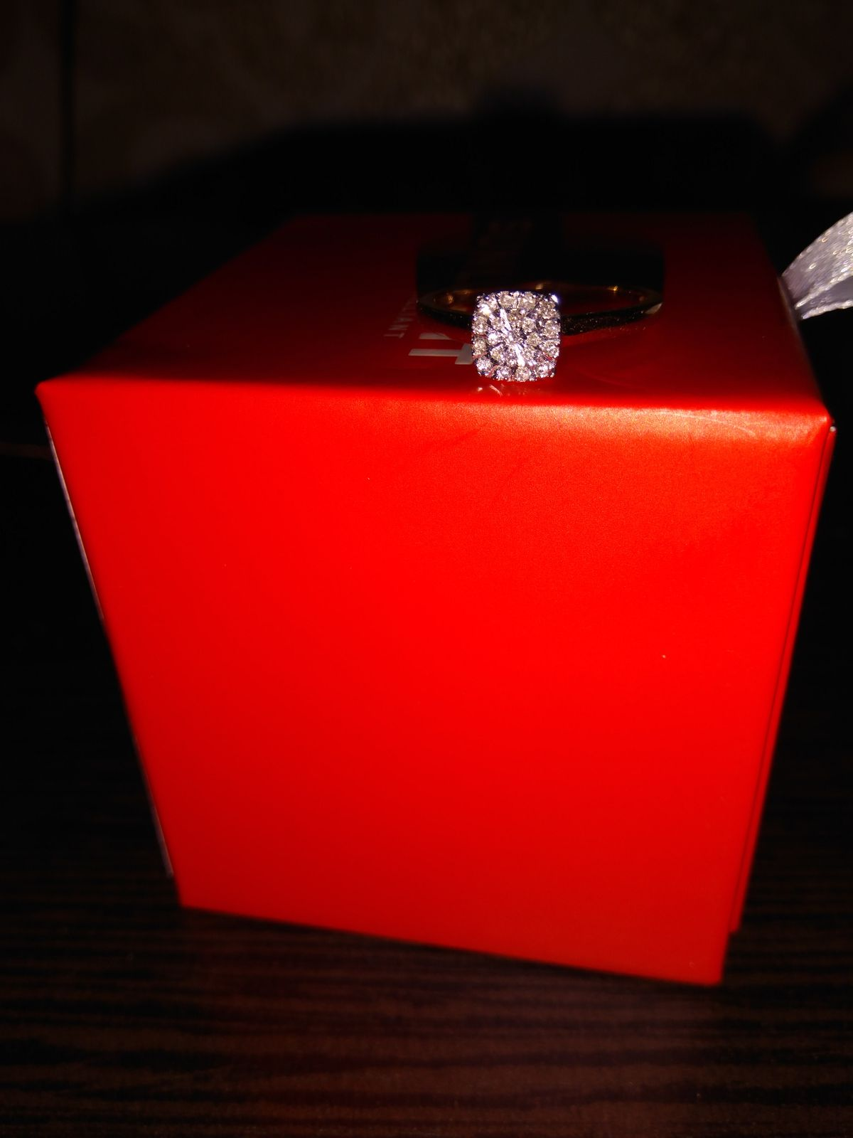 Кольцо с бриллиантом Sunlight