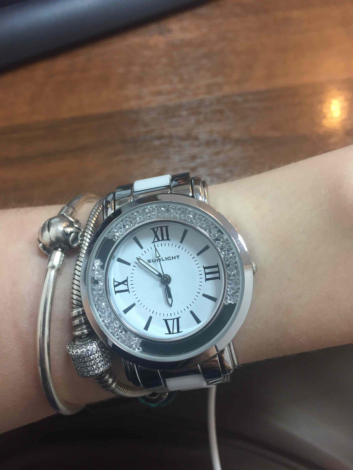 Красивые и надежные часы