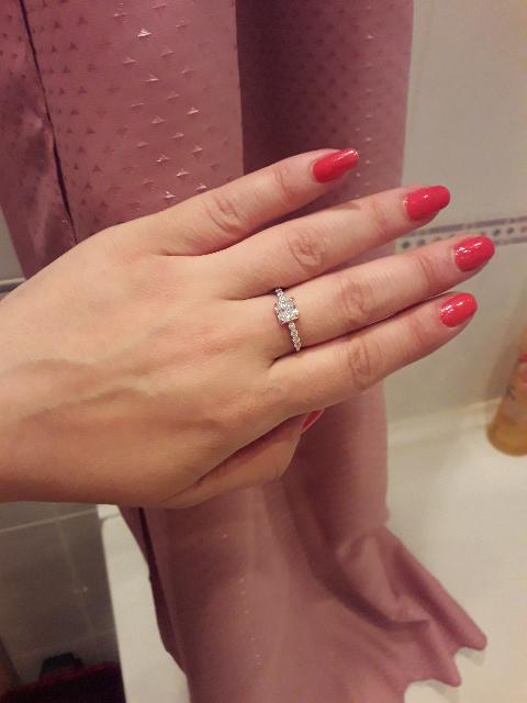 Изящное, невесомое, нежное кольцо