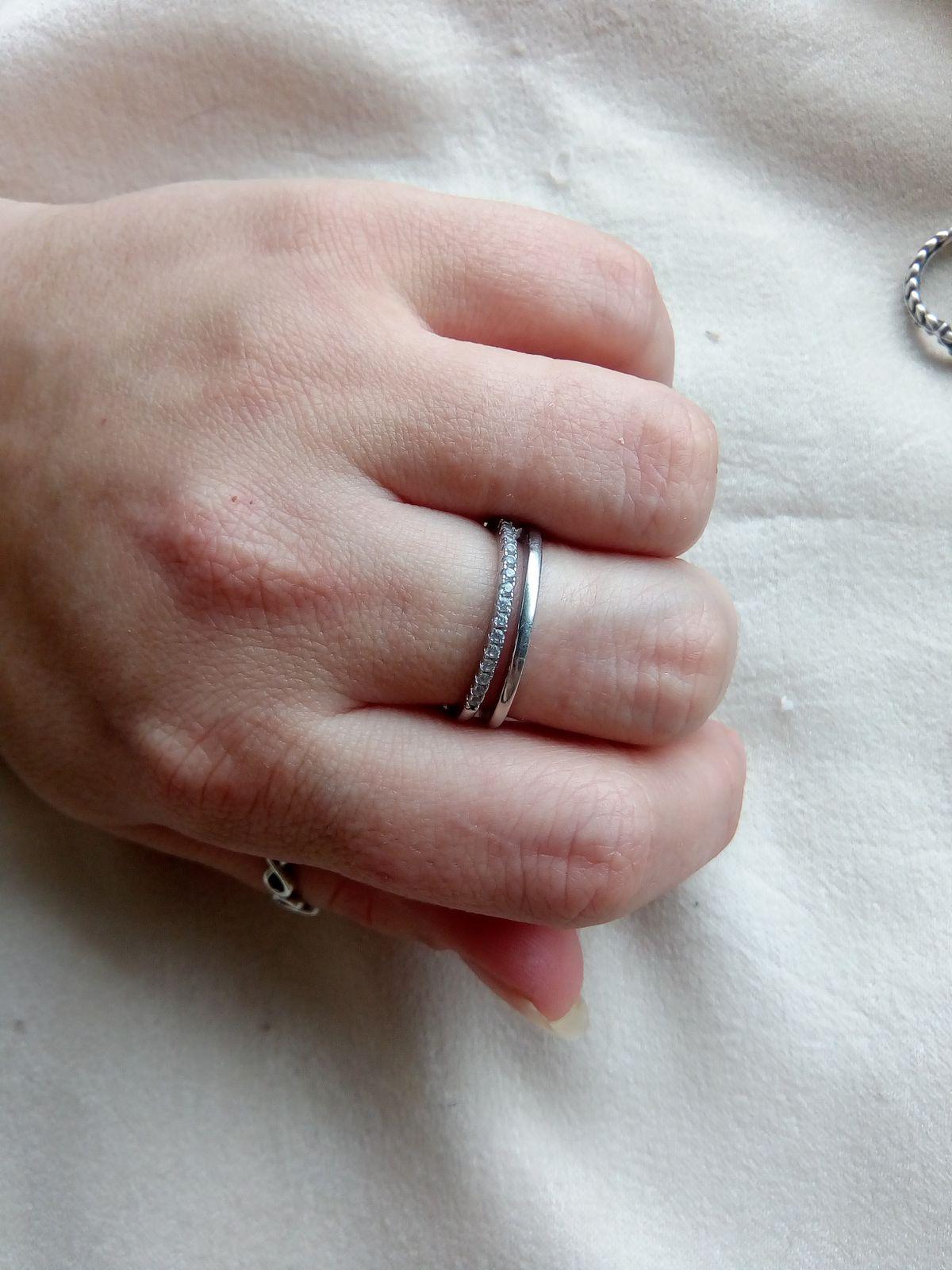 Двойное серебряное колечко
