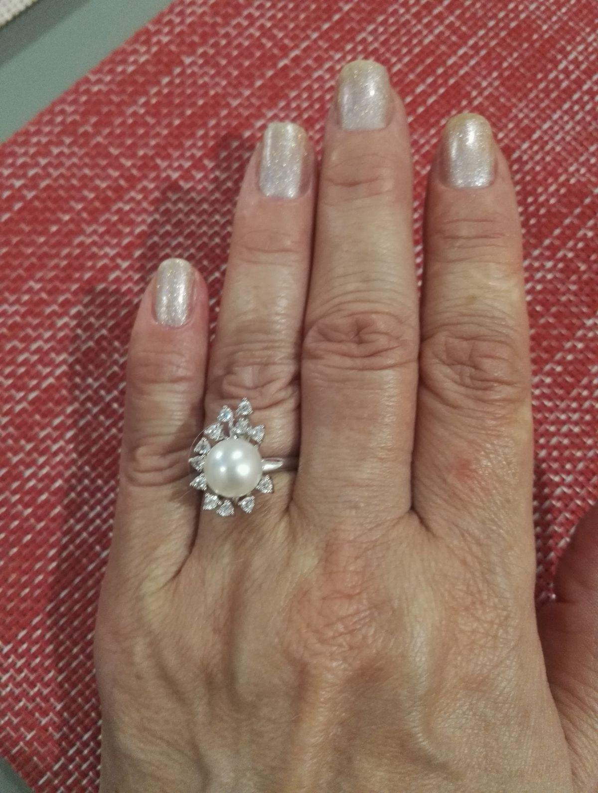 Шикарное кольцо, по супер цене.