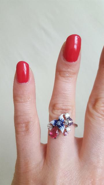 Нежное фролистическое кольцо