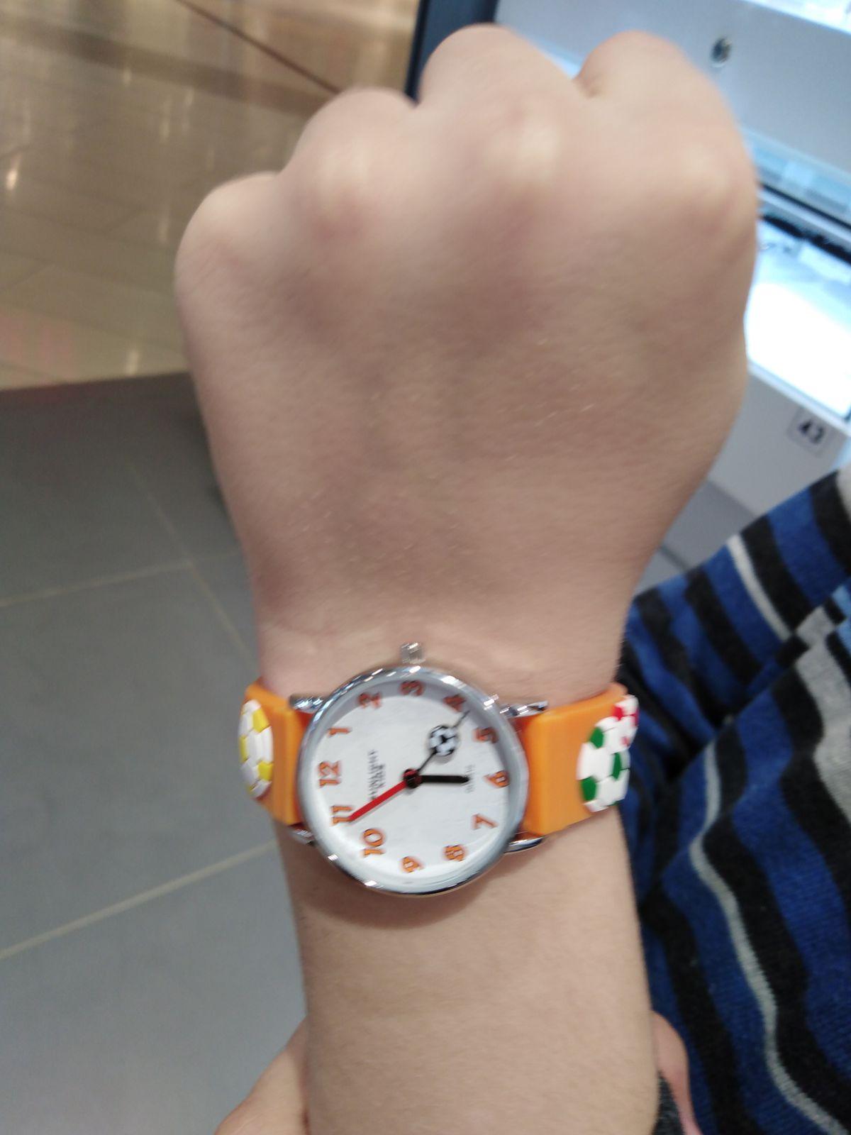 Часы юного футболиста!!!