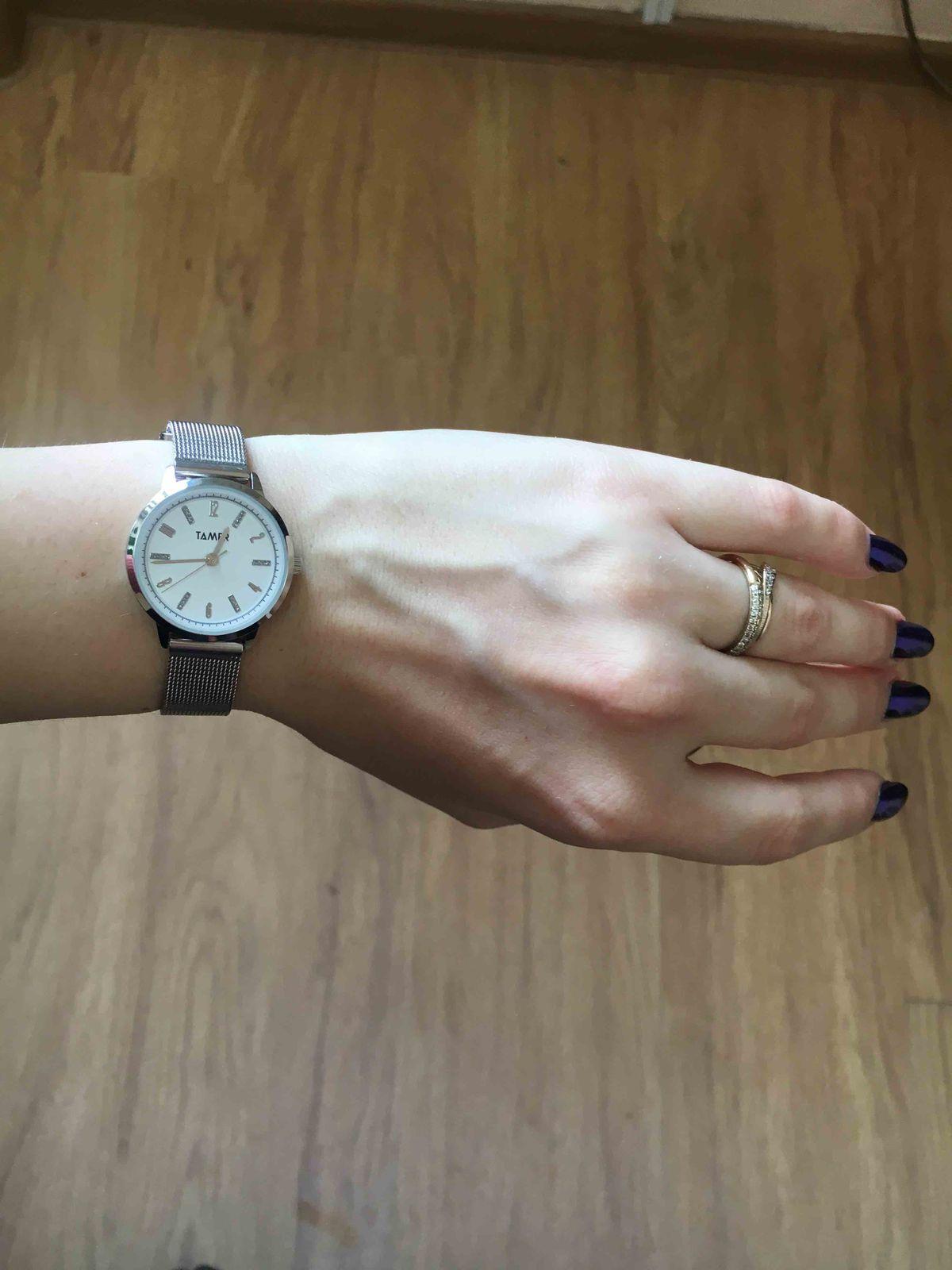 Часики для миниатюрных рук!)