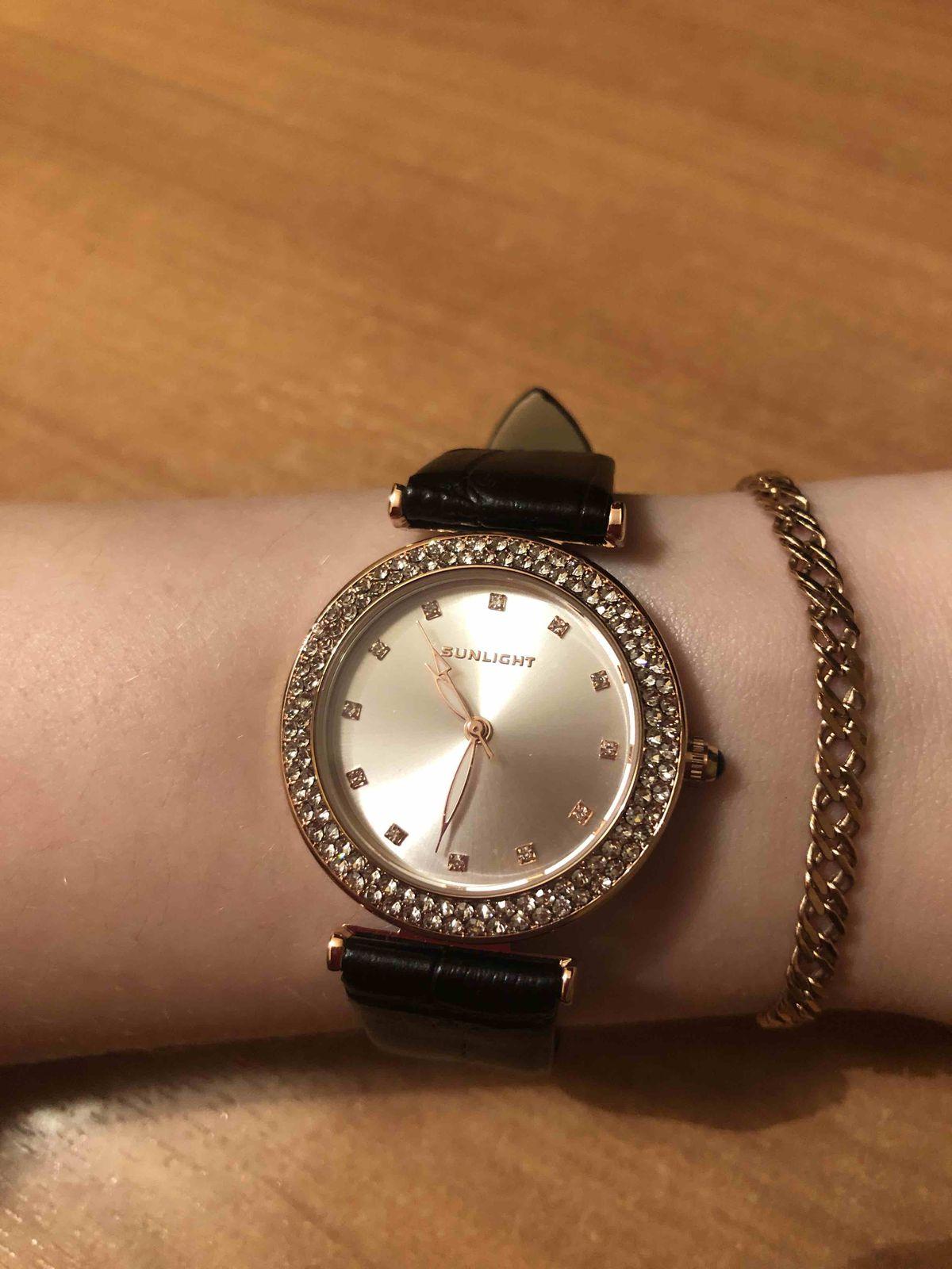 Очень красивые. женские часы!