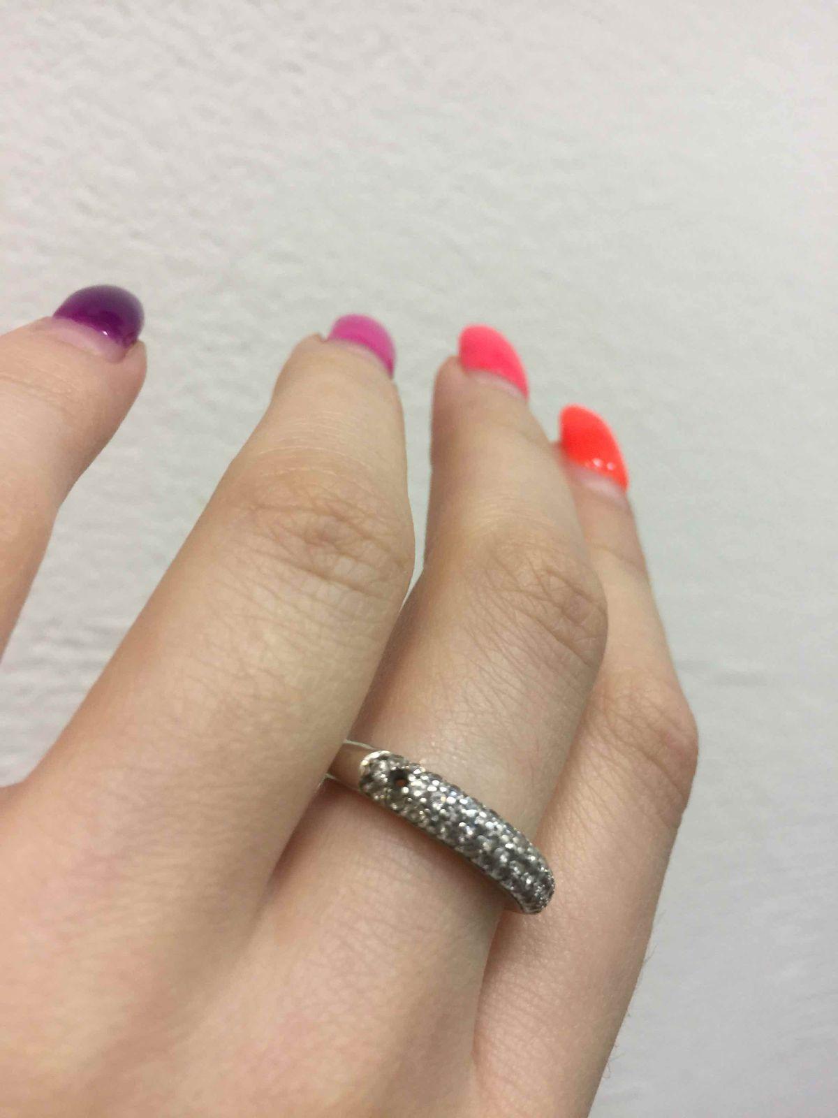 Серебряное кольцо с фианитами тонкое, красивое аккуратное и практичное
