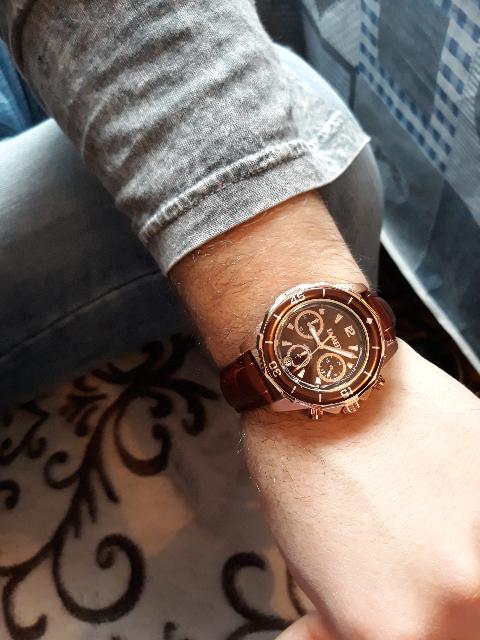 Красивые часы, подарок мужу на день рождения