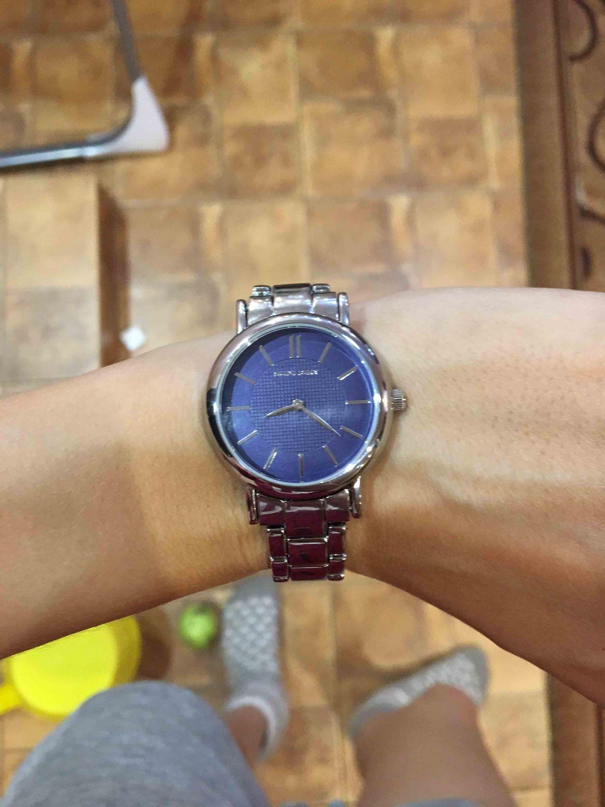Очень красивые и стильные часы