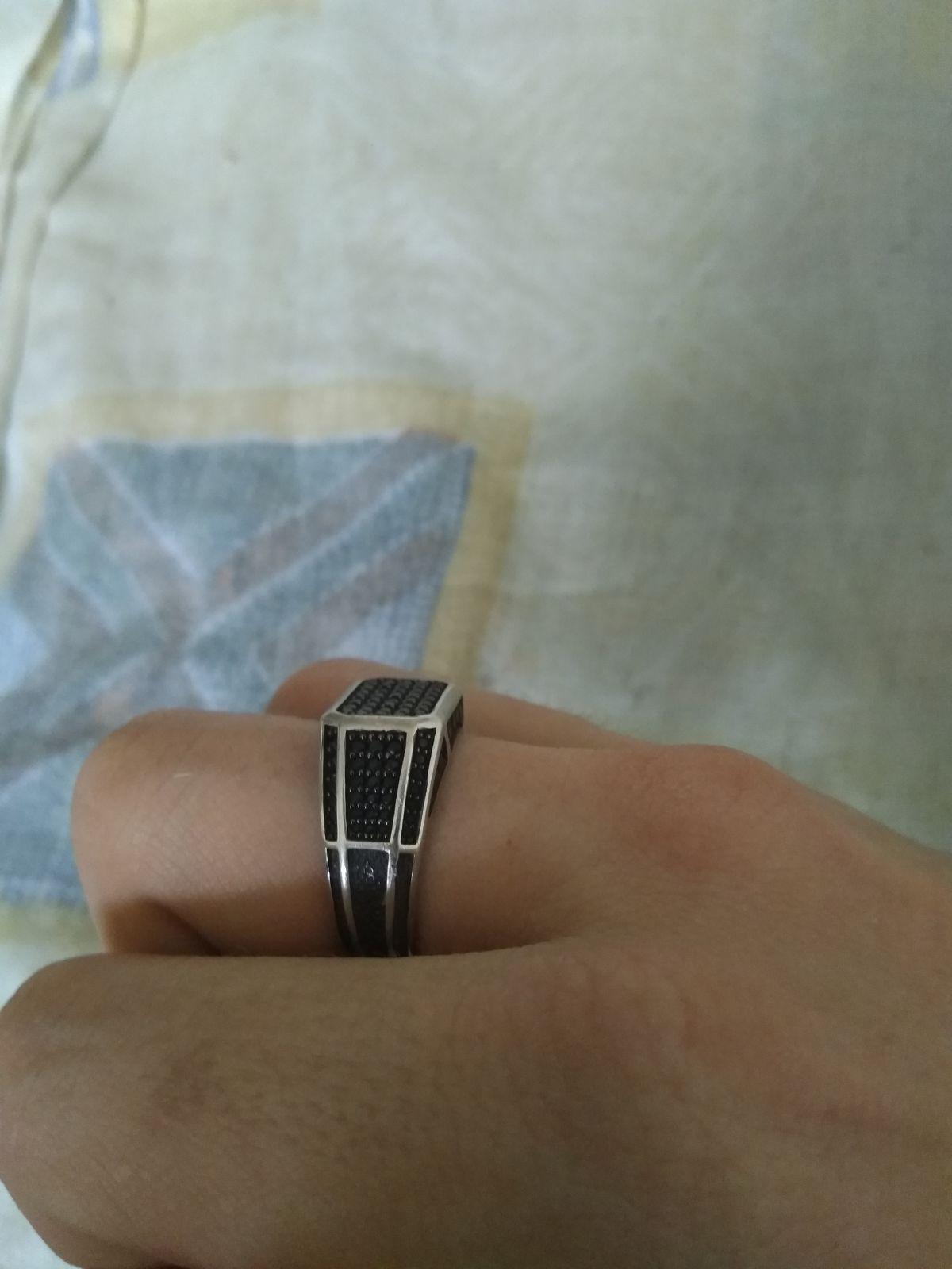 Мужское кольцо с фианитами !!!