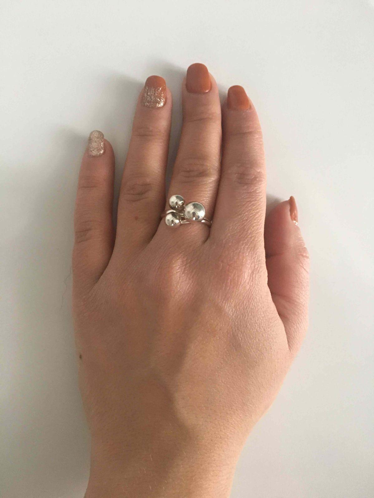 Стильное кольцо для молодой девушки