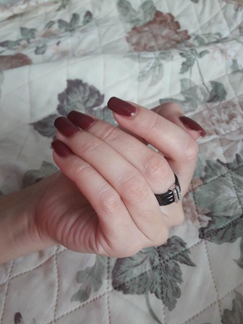 Это кольцо стало моим любимым после обручального))