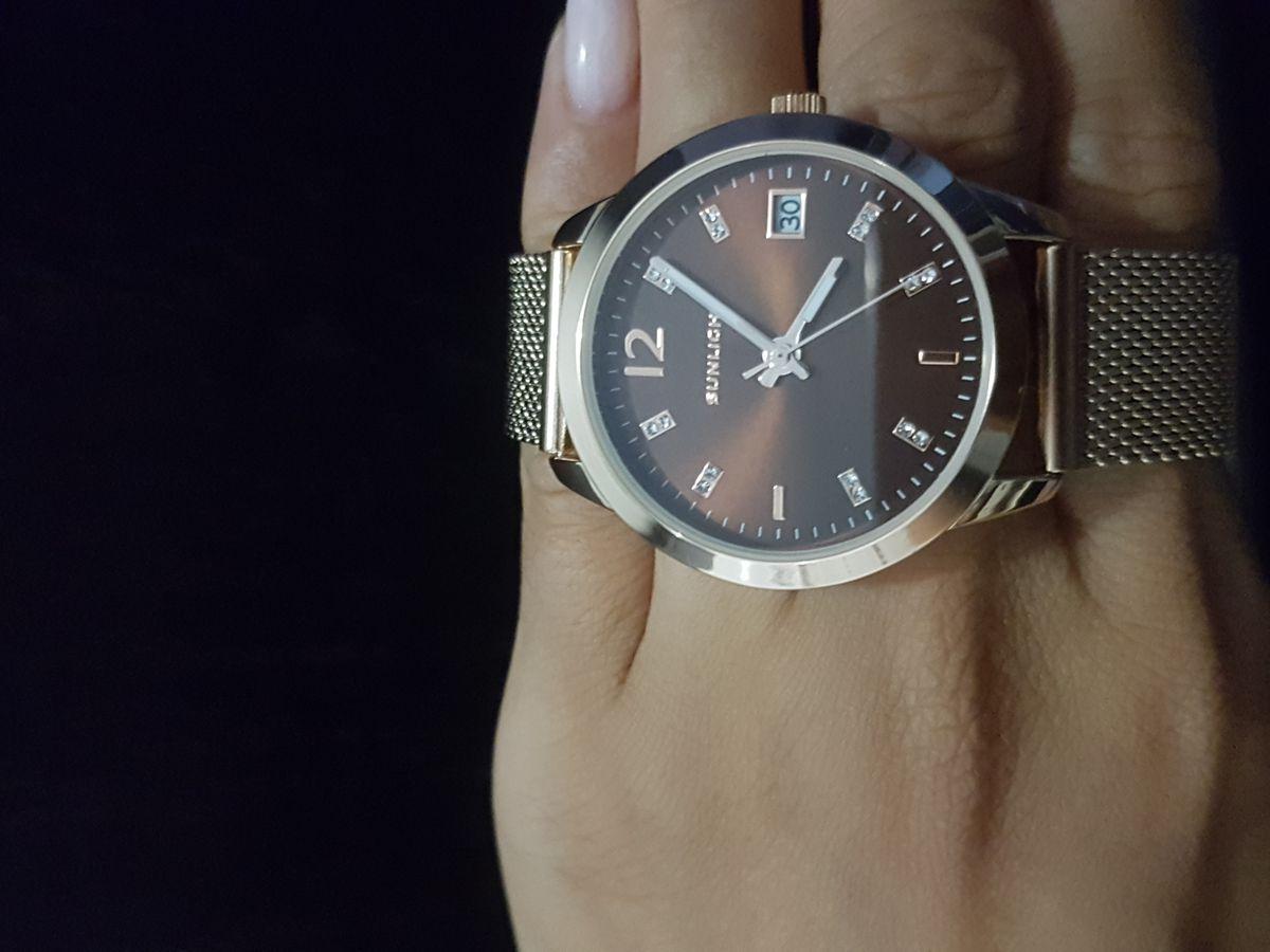 Часы женские с коричневым циферблатом!