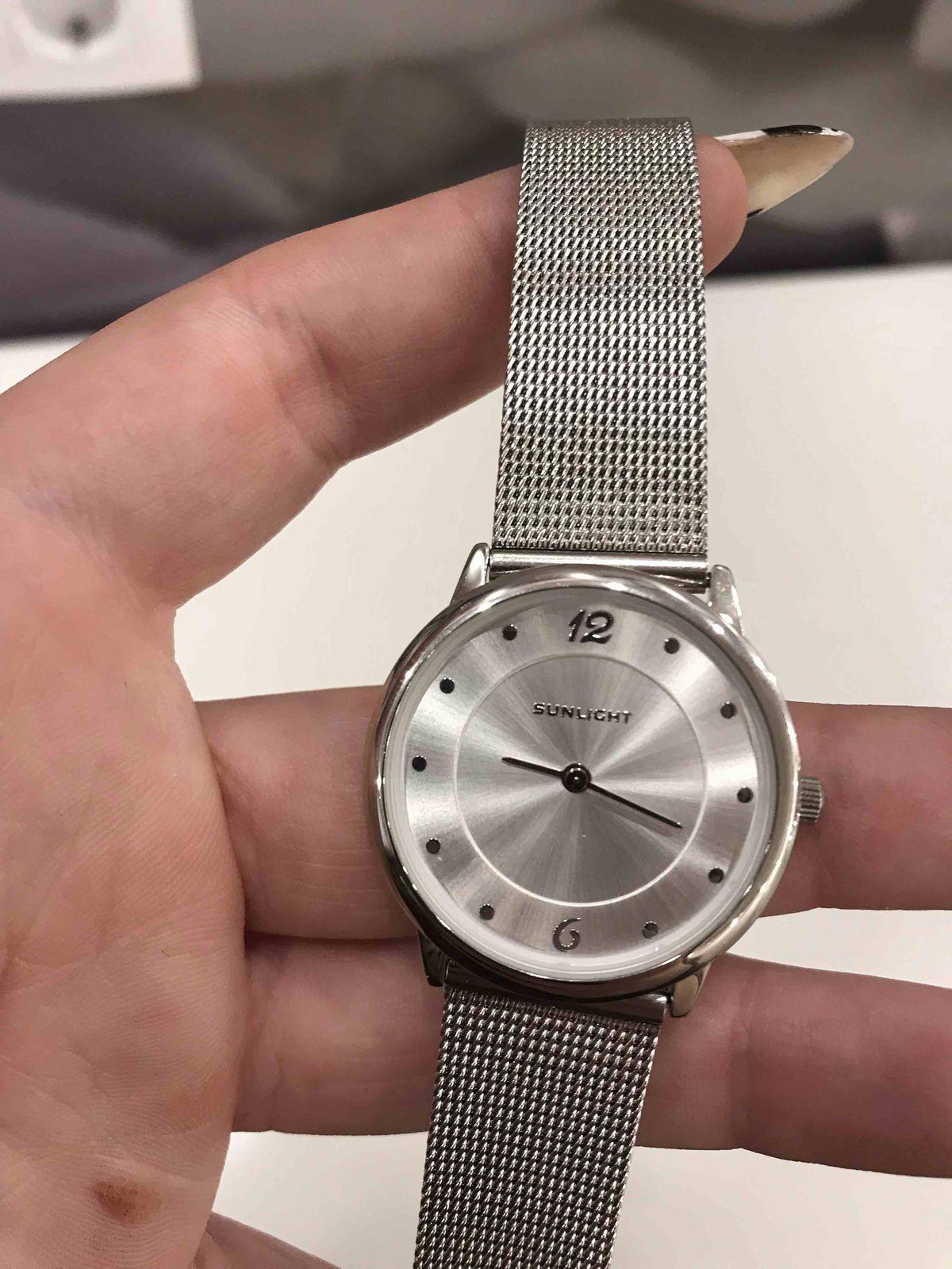 Стилиные часы
