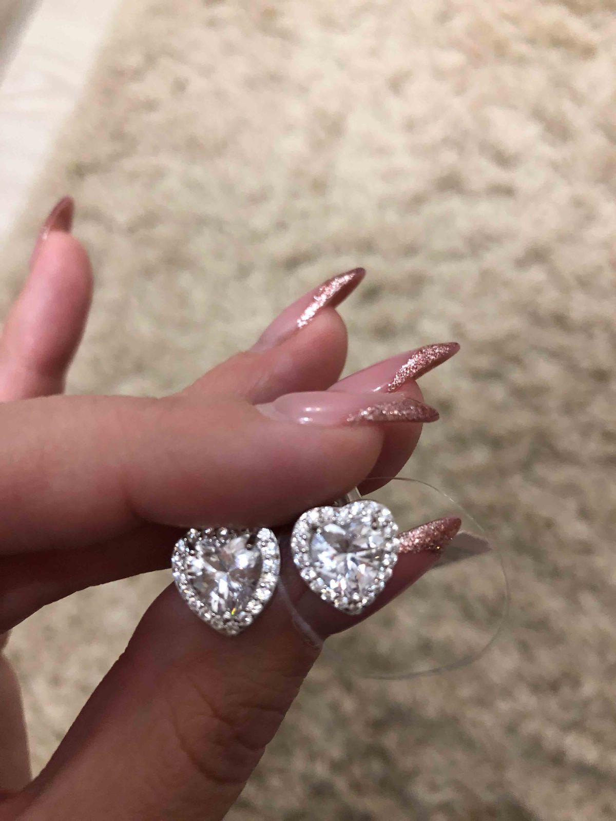 Сережки сердечки