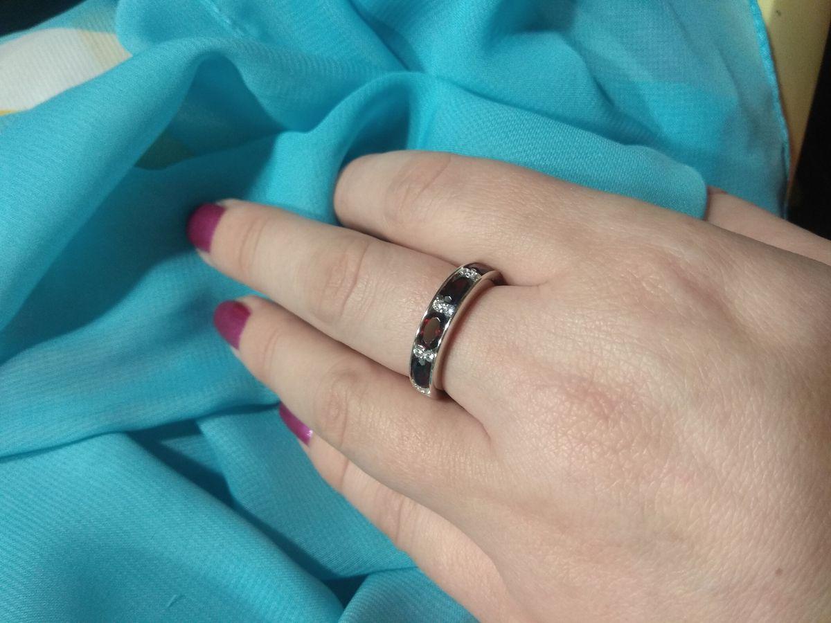 Это восторг,кольцо выглядит достойно