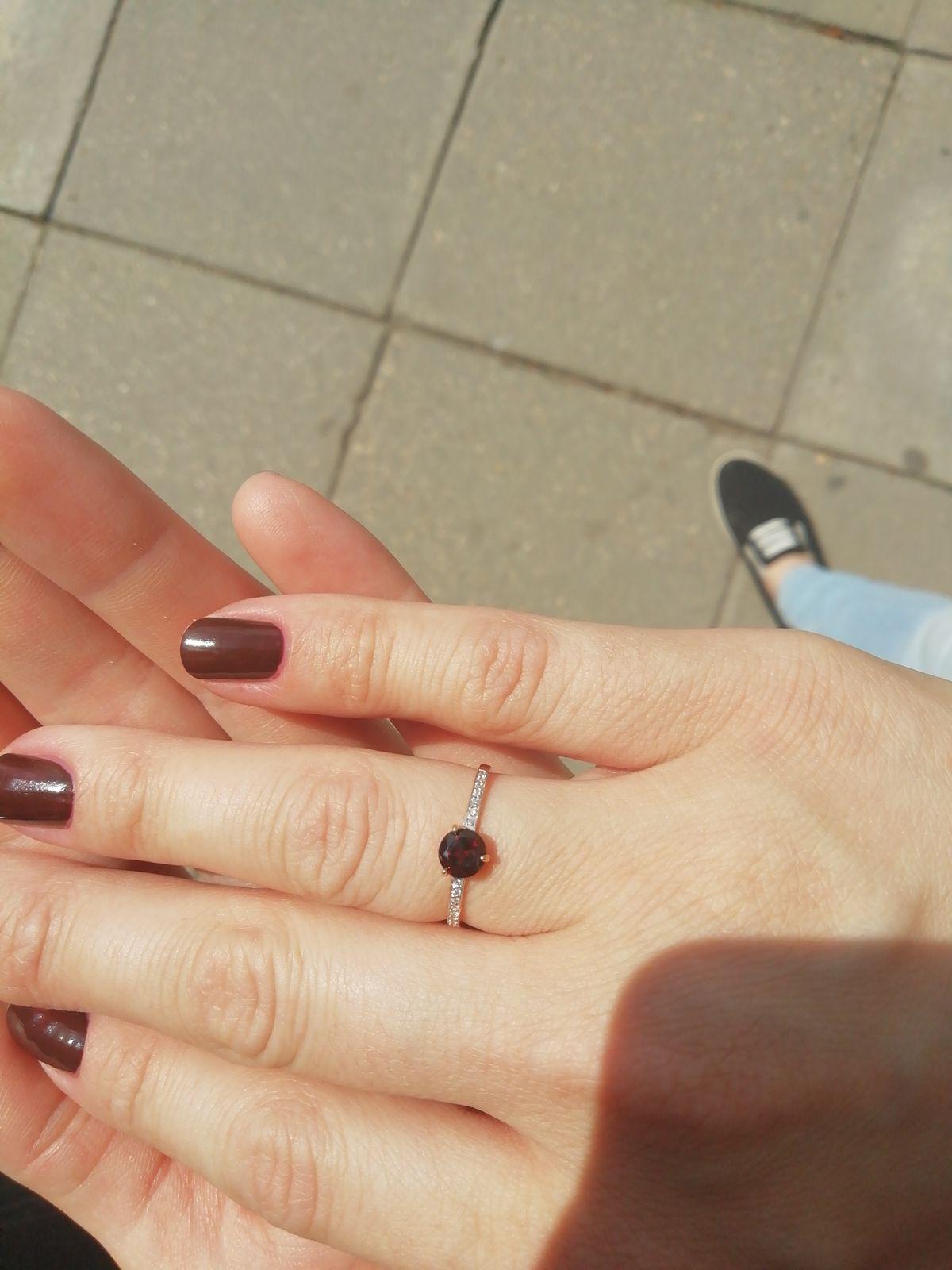 Красивое, аккуратное кольцо.