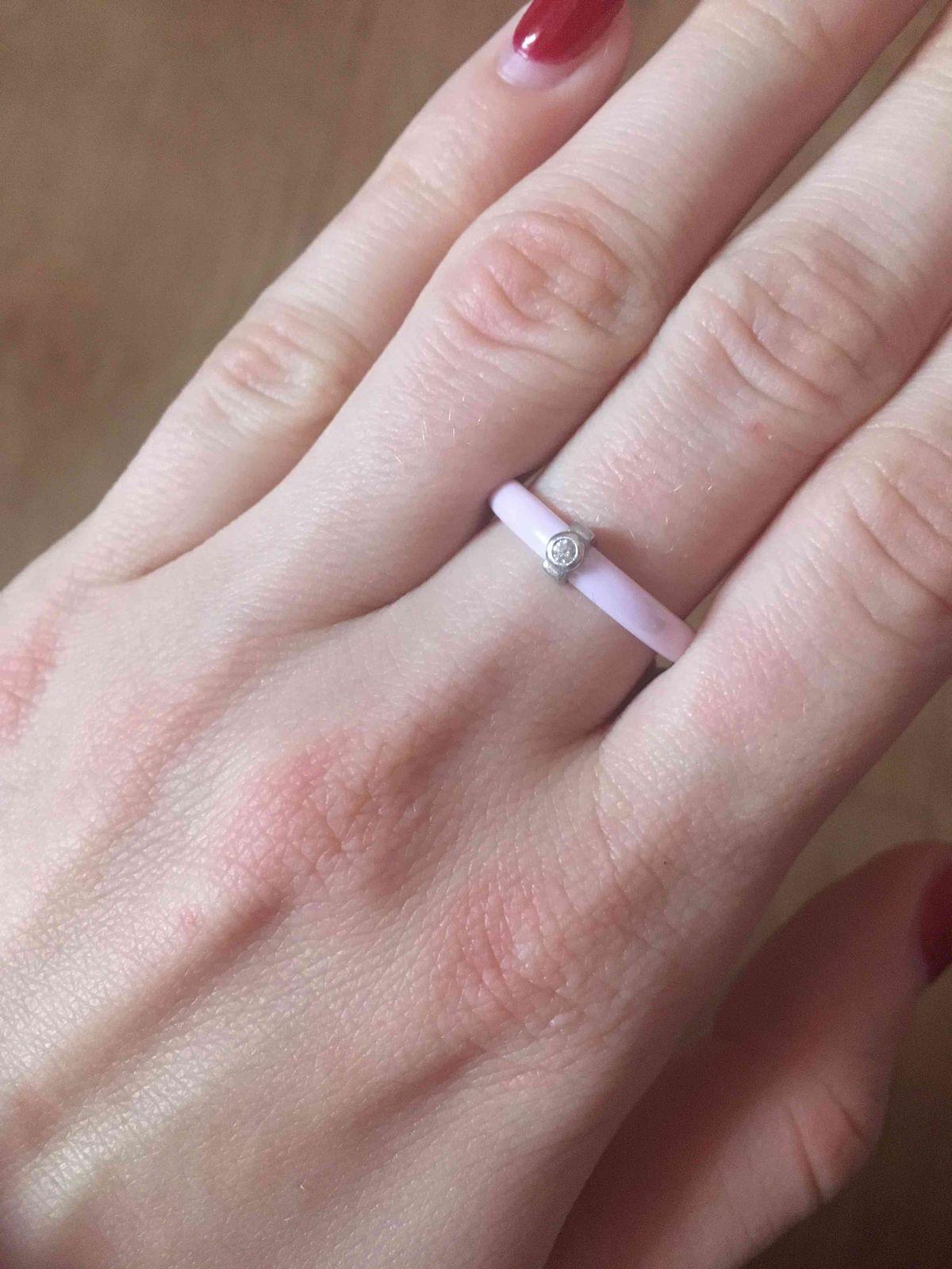 Керамическое розовое колечко
