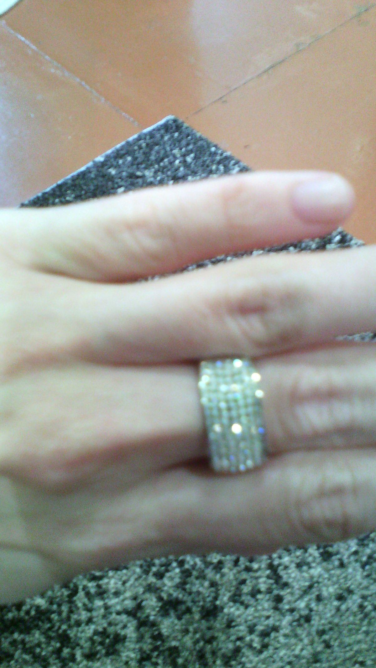 Кольцо с кристаллами SVAROVSKI