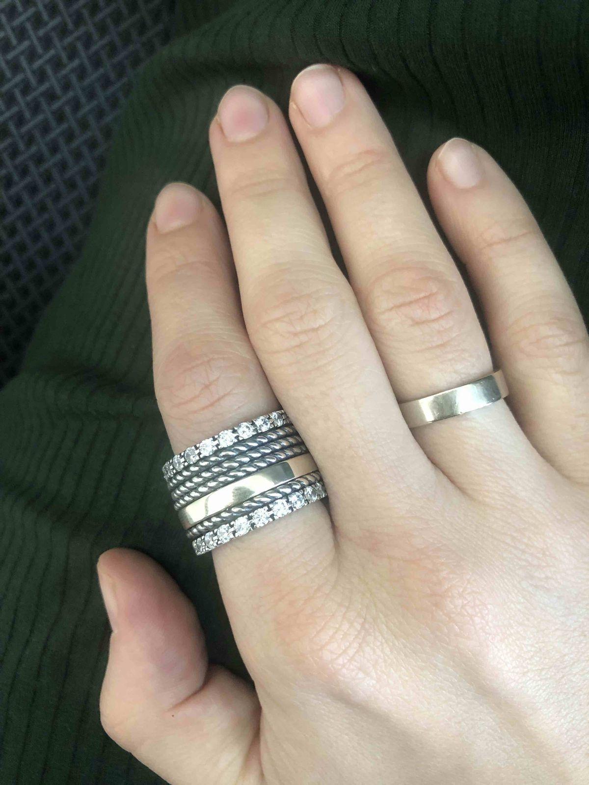 Красивое широкое кольцо