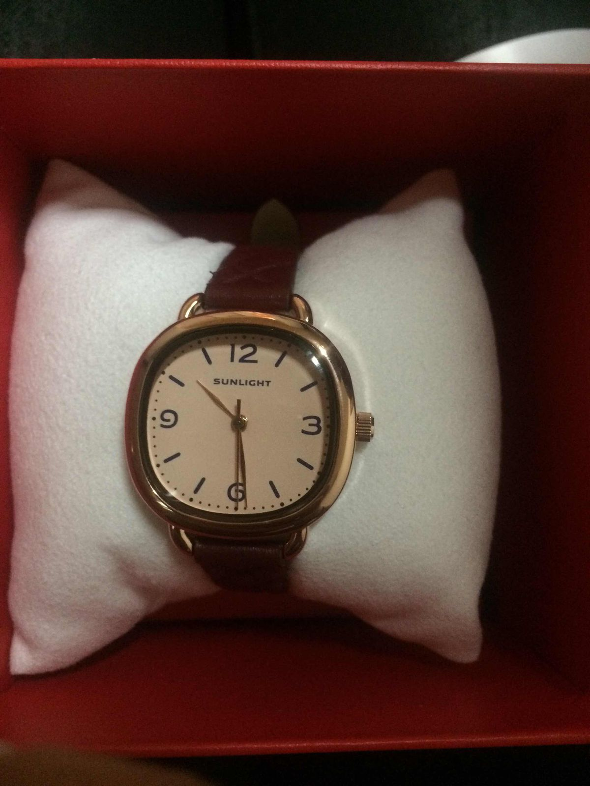 Очень крутые часы!)
