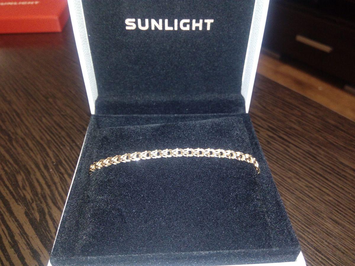 Замечательный золотой браслет