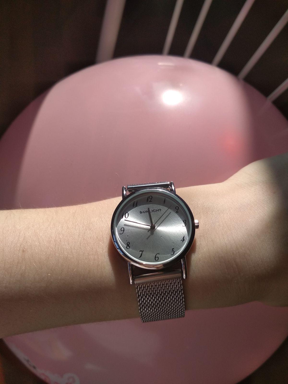 Стильные универсальные часы