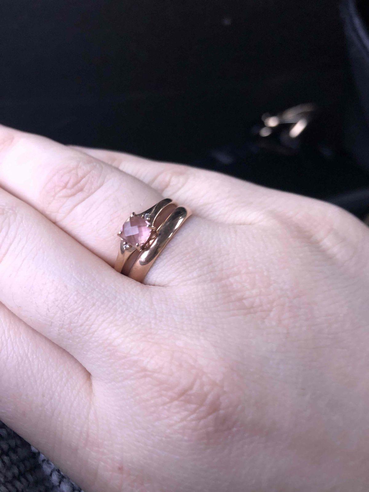 Очень красивое и качественное кольцо!!