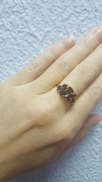 Обалденное кольцо с гранатом