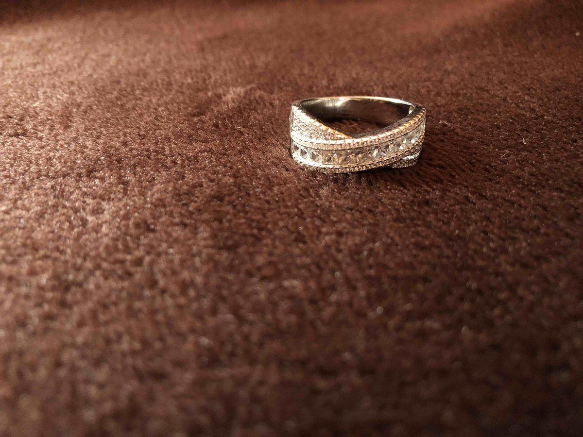 Серебрянное кольцо с родированием