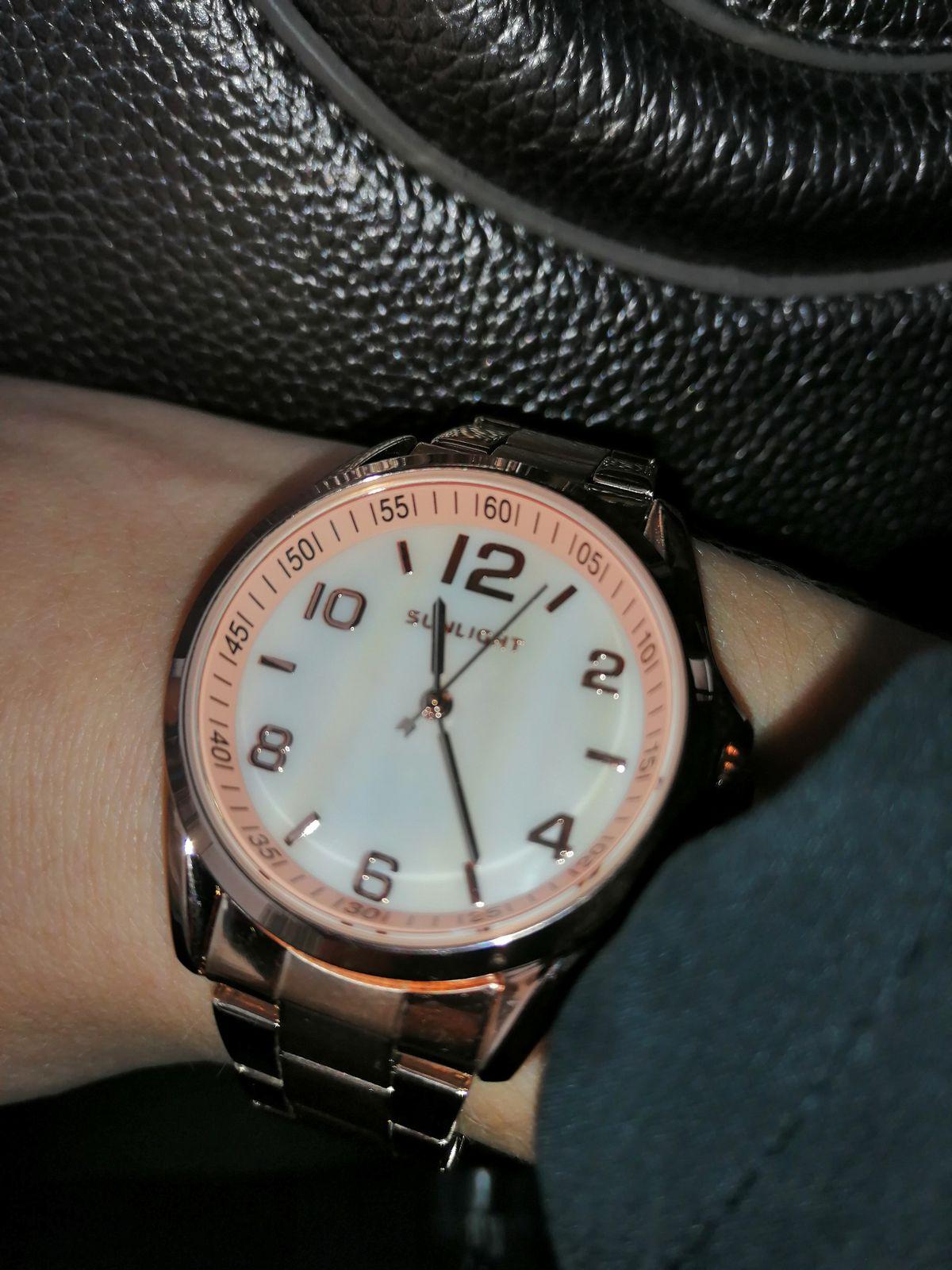 Шикарные часы по привлекательной цене