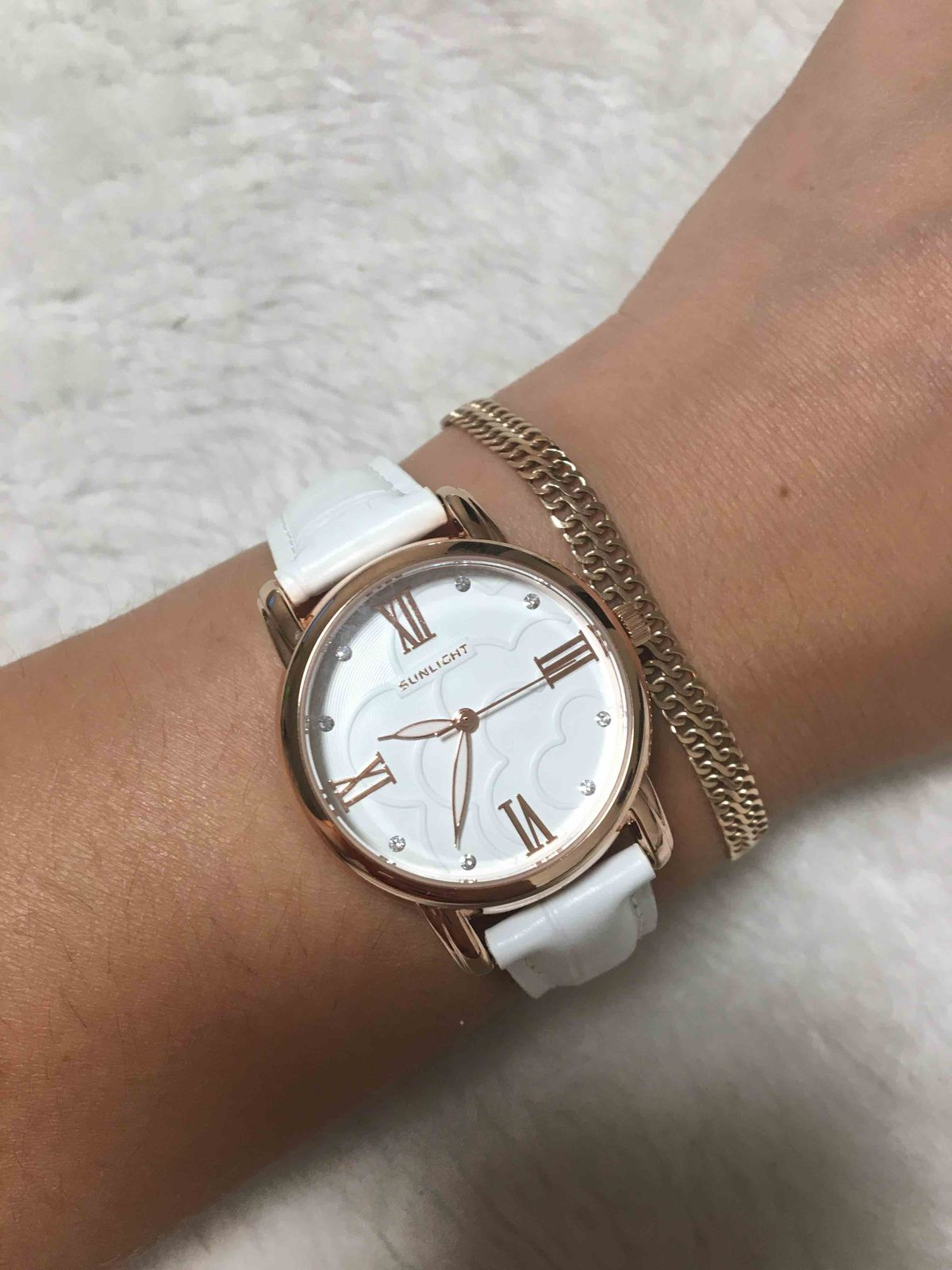 Потрясающие часы