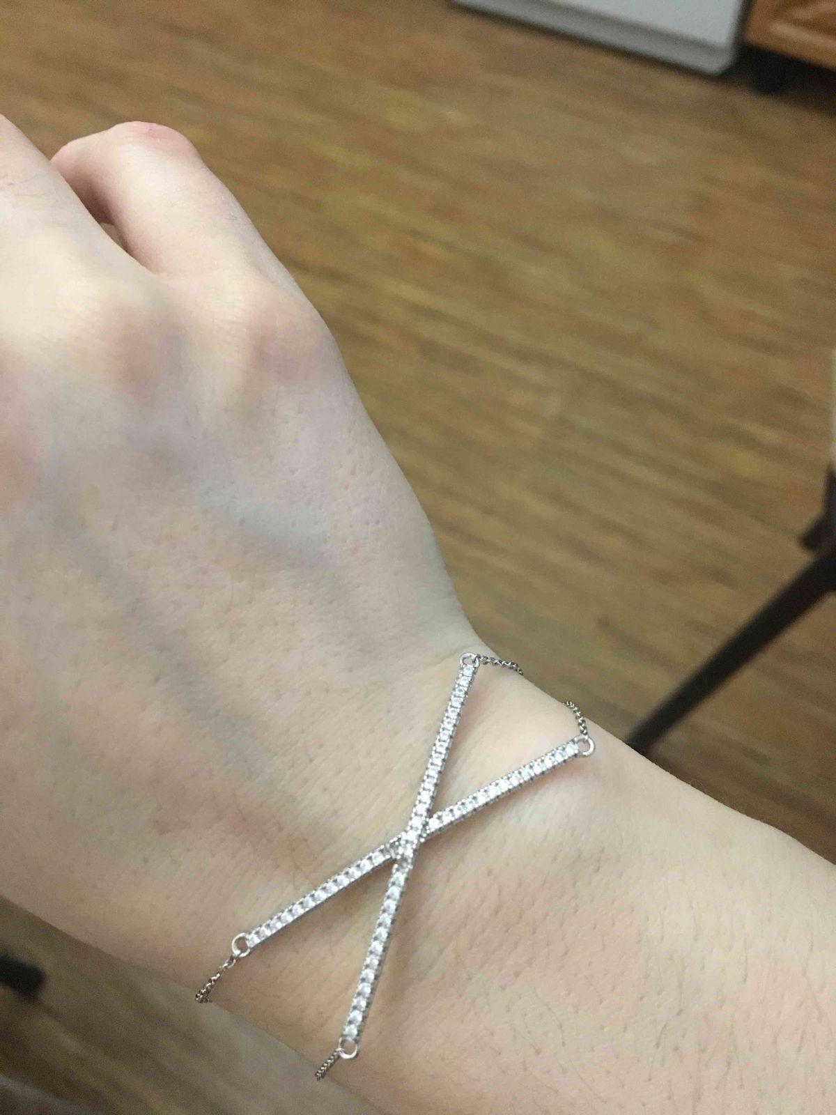 Красивый браслет, но камни отваливаются