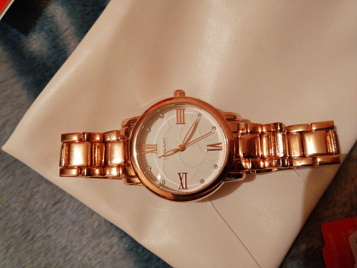 Очень красивые и женственный часы