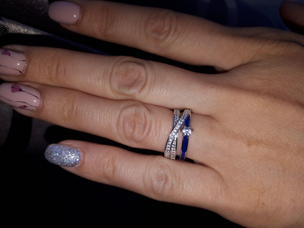 Кольцо с синей эмалью