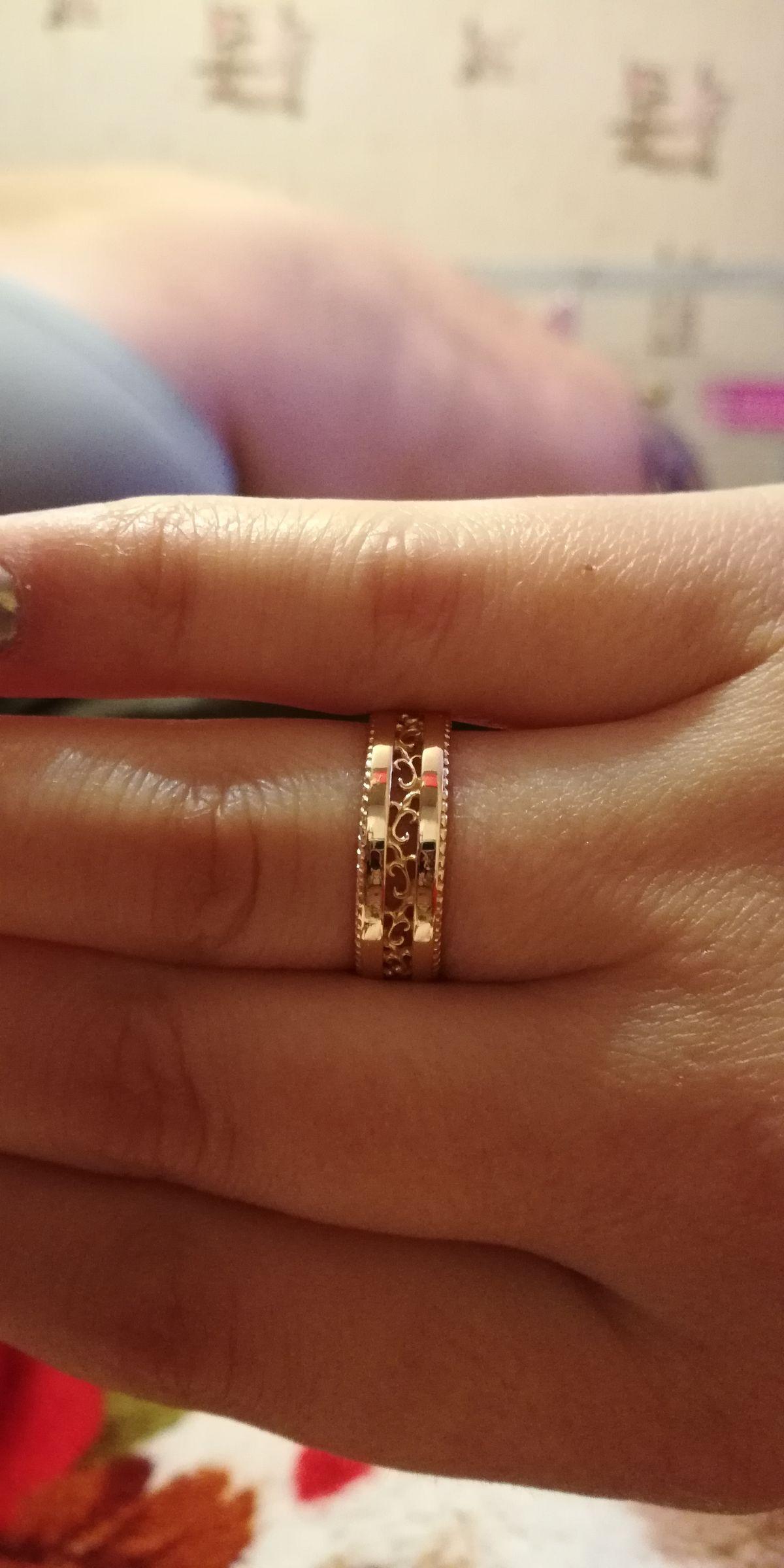 Золотое ажурное кольцо