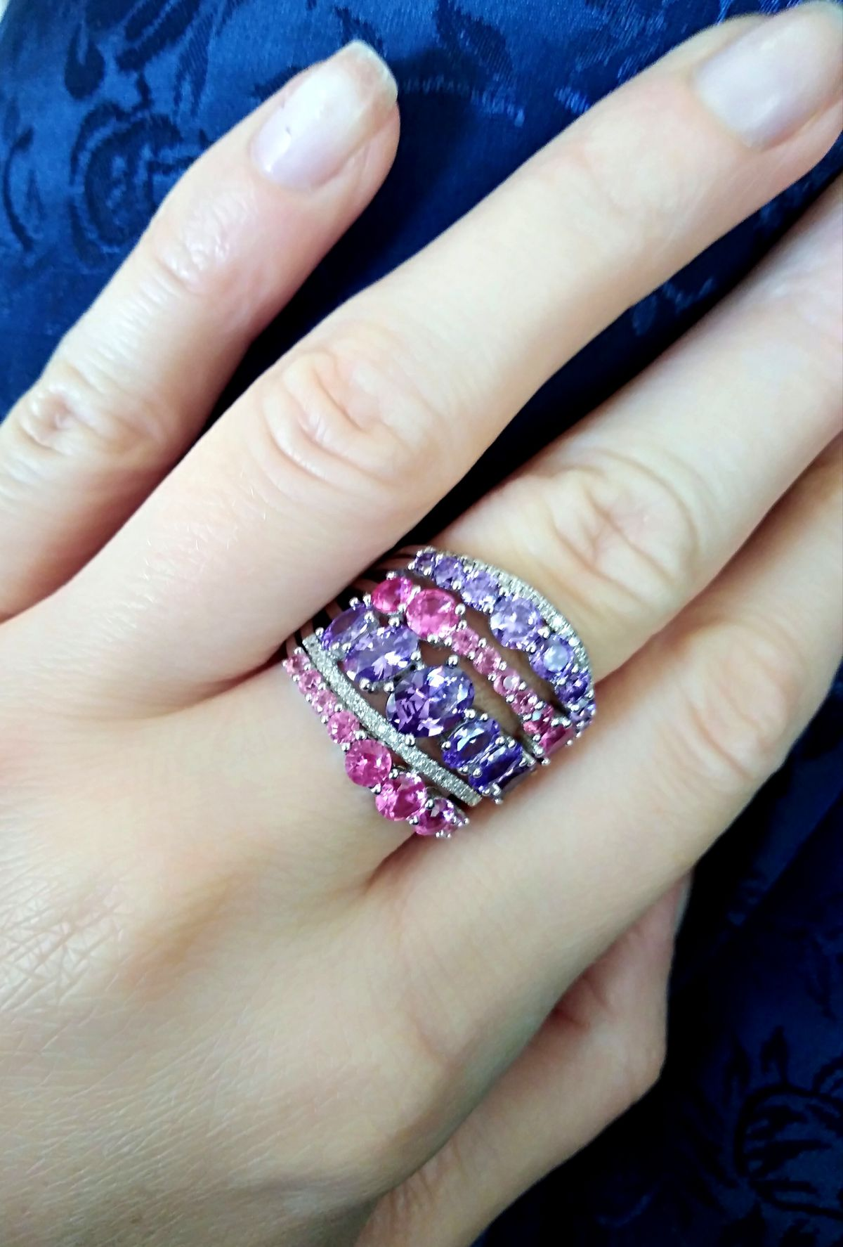 Не кольцо, а весна)